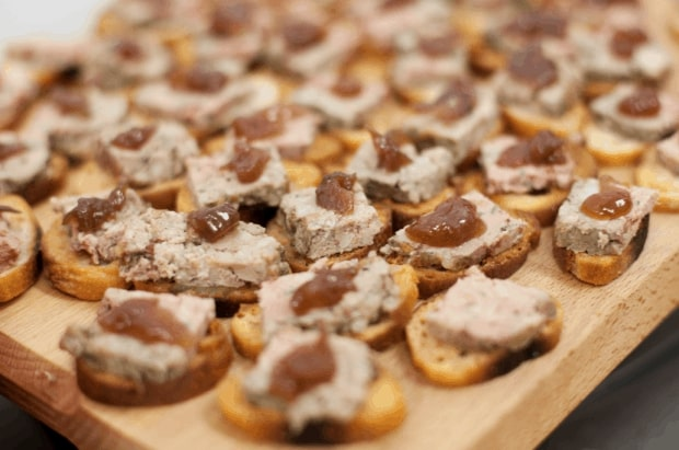 Pate made with minced pig's cheek and liver
