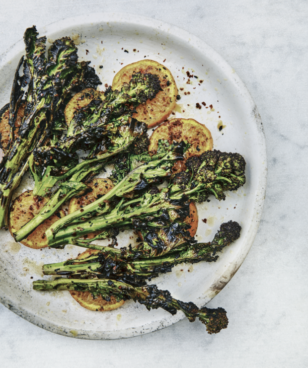 Chargrilled sprouting broccoli and clementines