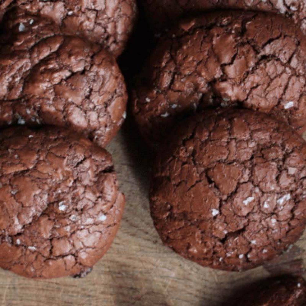 Chocolate salted rye cookies